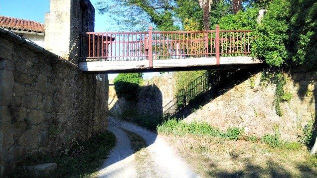 Puente sobre el Camino