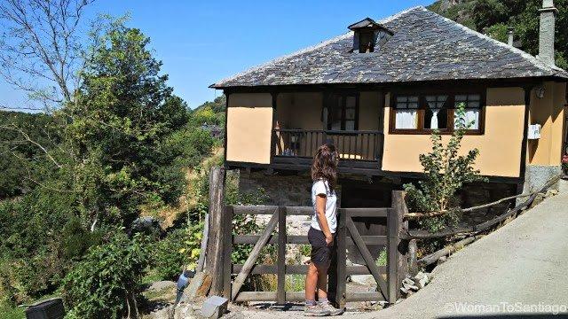 foto de casa y womantosantiago