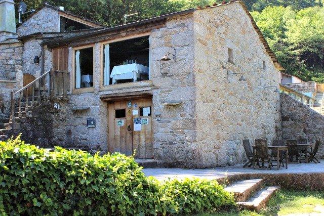 fervenza-casa-rural-lugo-galicia-restaurante-womantosantiago