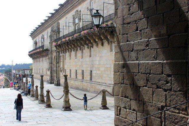 parador-santiago-de-compostela-fachada-camino-de-santiago