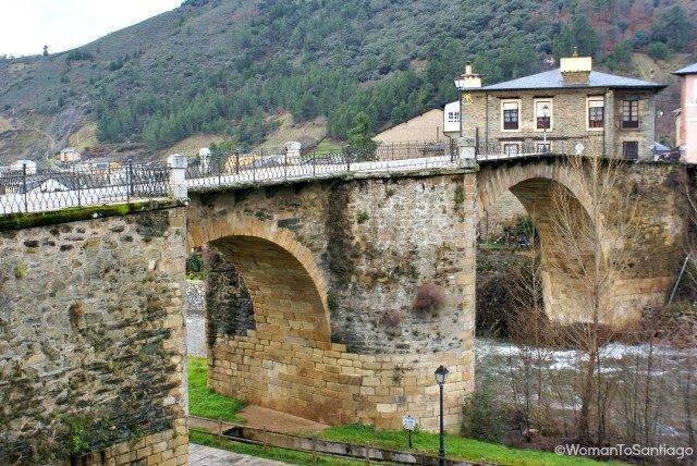 foto del puente de villafranca