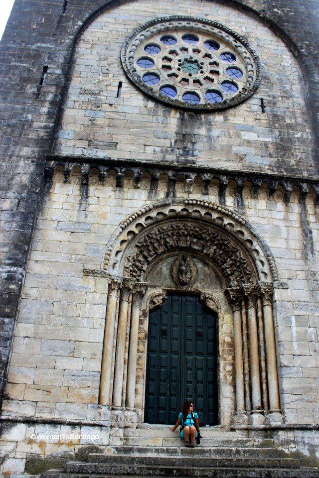 foto de la puerta de la iglesia
