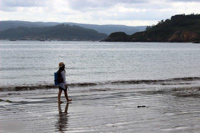 playa-basteira-camino-del-mar-carino-a-coruna-womantosantiago