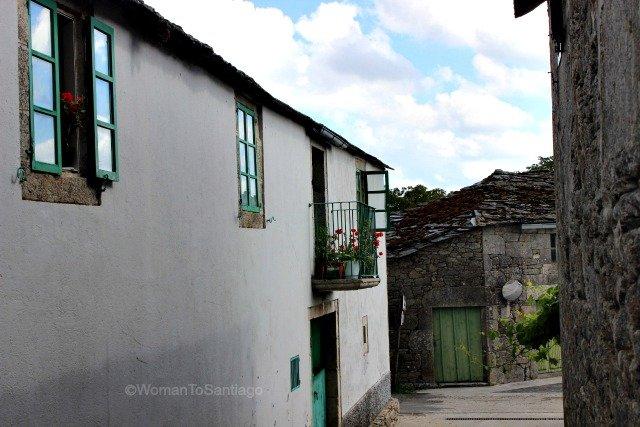 santa-eulalia-de-boveda-lugo-camino-de-santiago-primitivo-casa