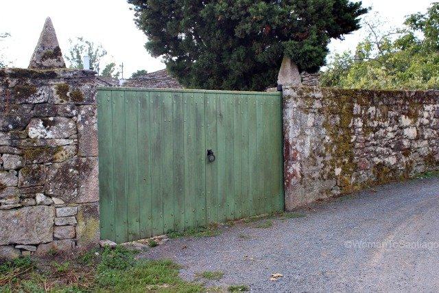 santa-eulalia-de-boveda-lugo-camino-de-santiago-primitivo-puerta