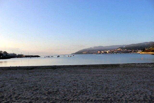 cee-camino-de-santiago-finisterra-playa