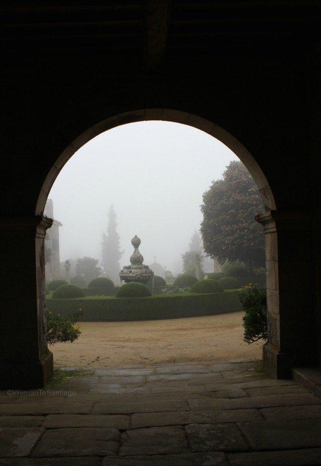 foto de entrada a los jardines