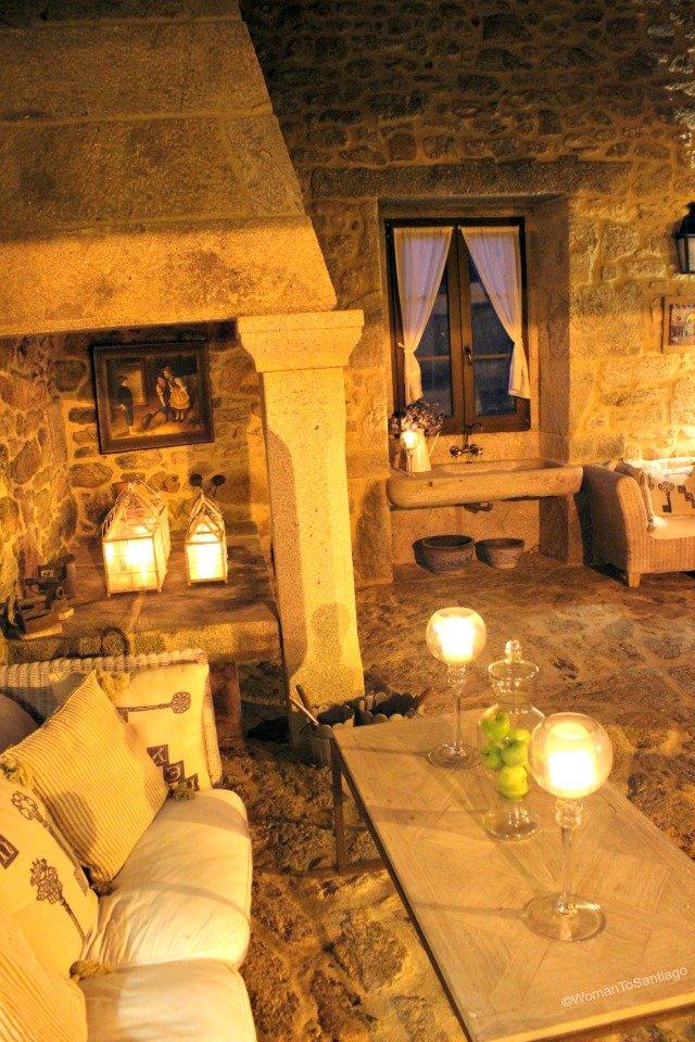 foto del salon con velas