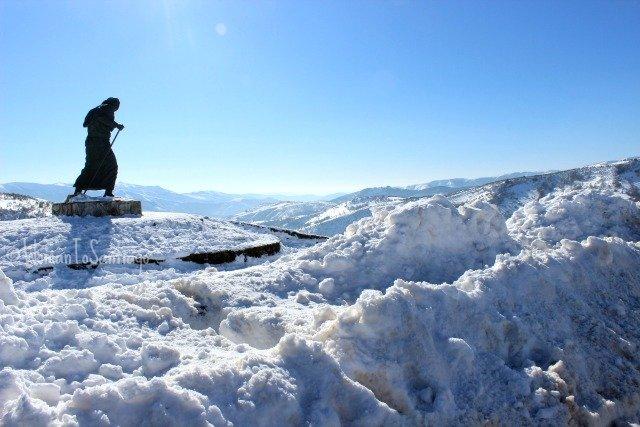 foto de estatua de peregrino