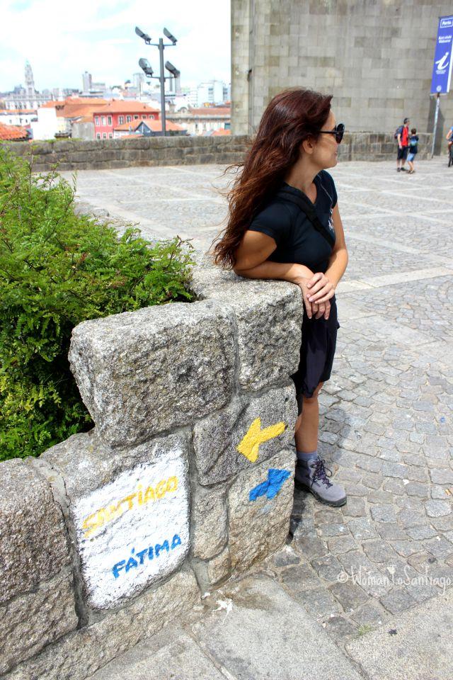 foto de flechas camino portuges