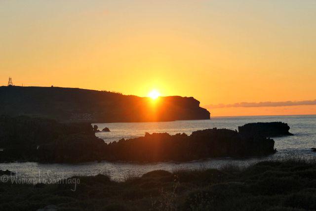 foto puesta de sol en noja
