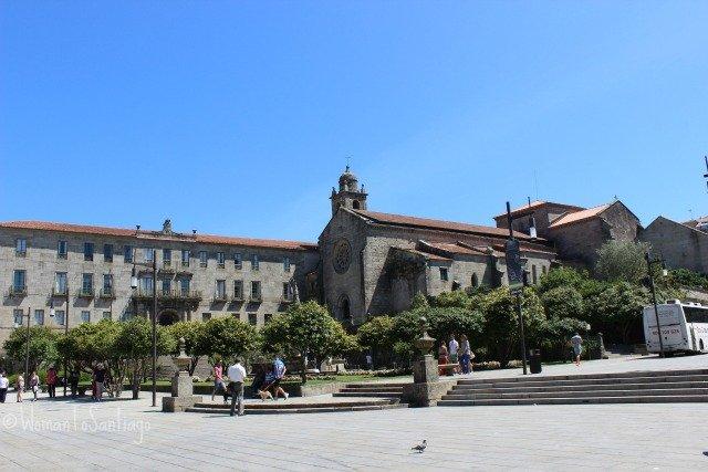 foto de la plaza de la peregrina