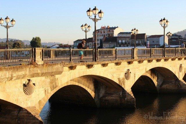foto del puente viejo en pontevedra