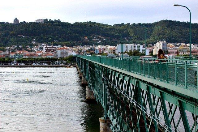 Puente de Gustave Eiffel sobre el río Lima