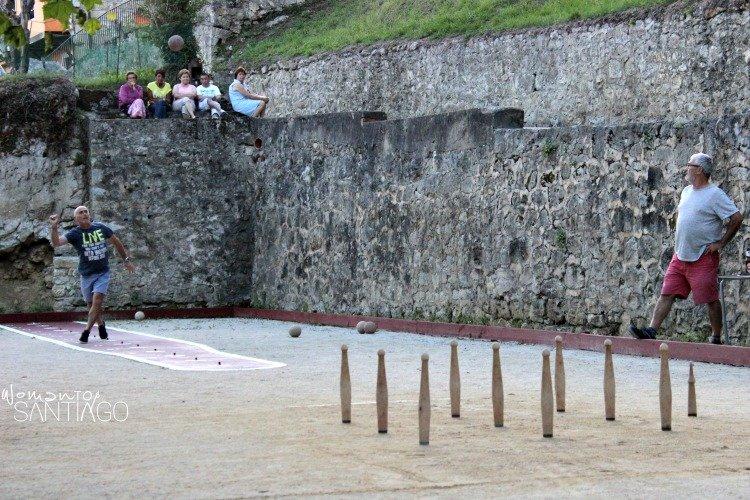 juego-de-bolos-vilde-asturias