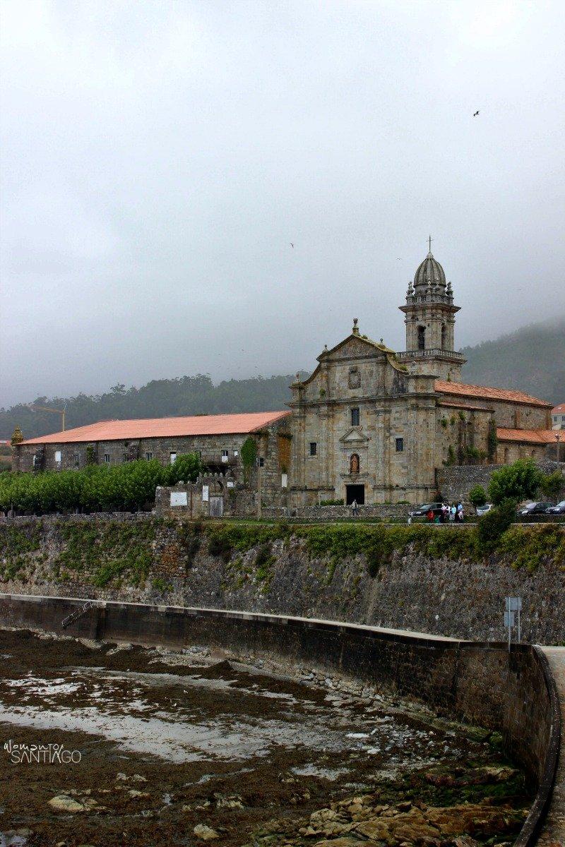 foto del camino de santiago portugues por oia