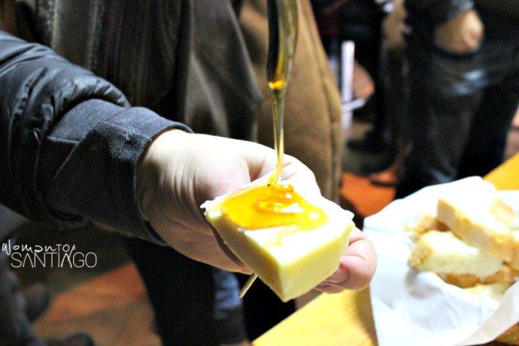 foto de queso con miel