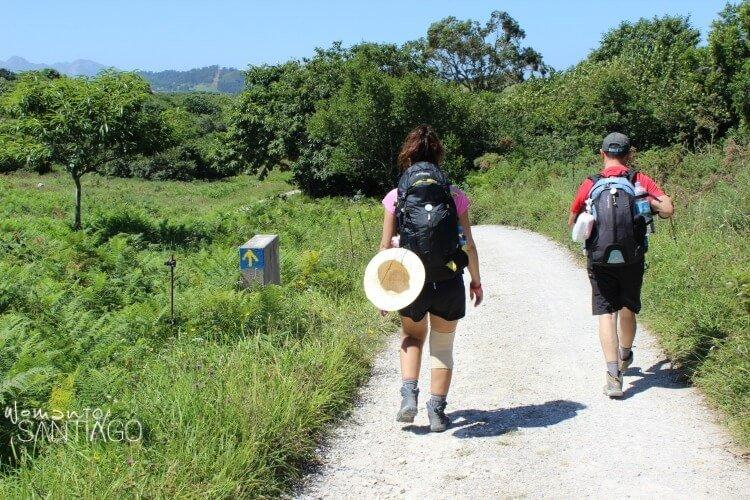 peregrinos con mochila