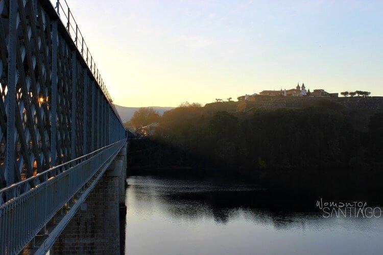 foto del puente de Tui