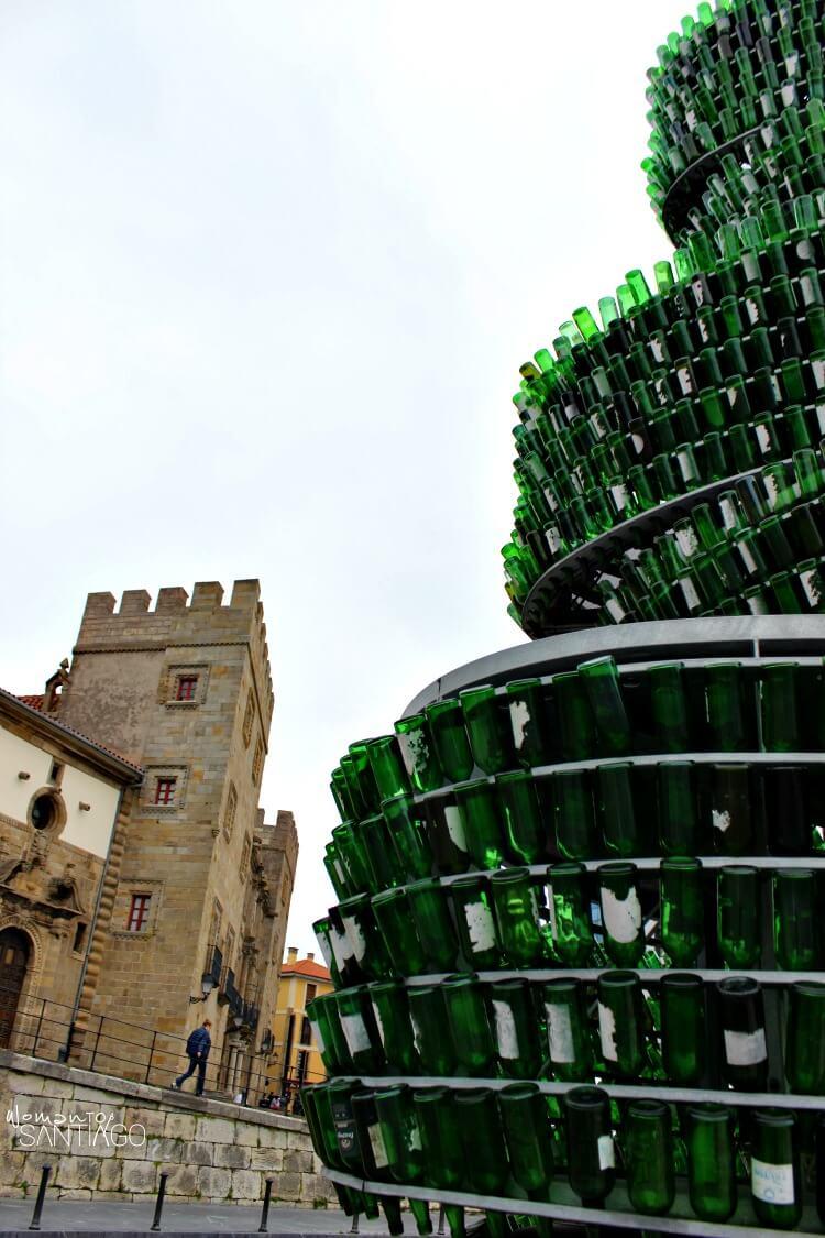 Árbol de la sidra de Gijón