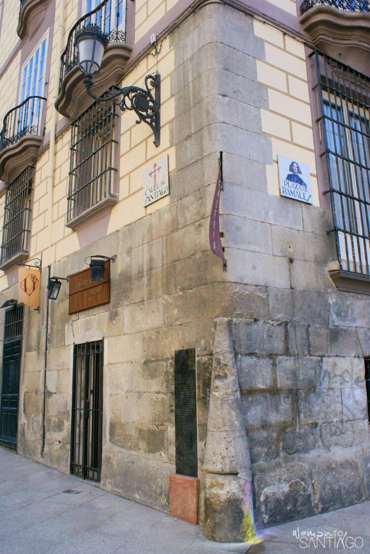 camino de santiado desde madrid organizado woman to santiago