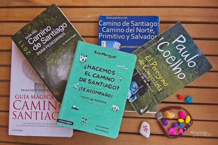diferentes libros de guías del Camino de Santiago