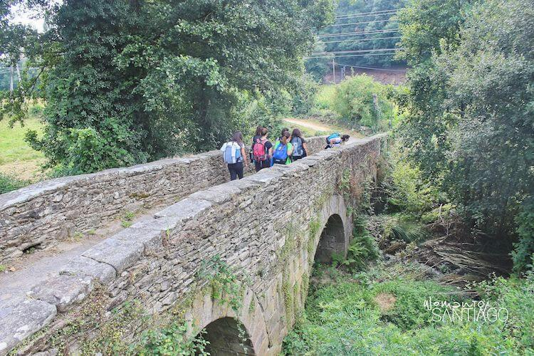 Salida de Sarria por el Ponte da Áspera