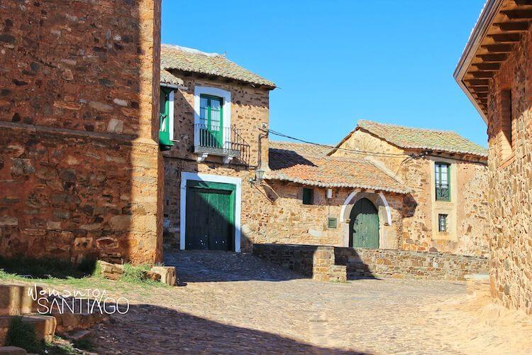 calle de Castrillo de los Polvazares (León)