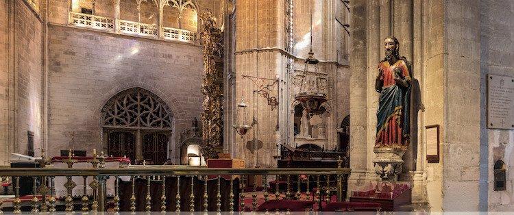 Interior de la Catedral de San Salvador en Oviedo
